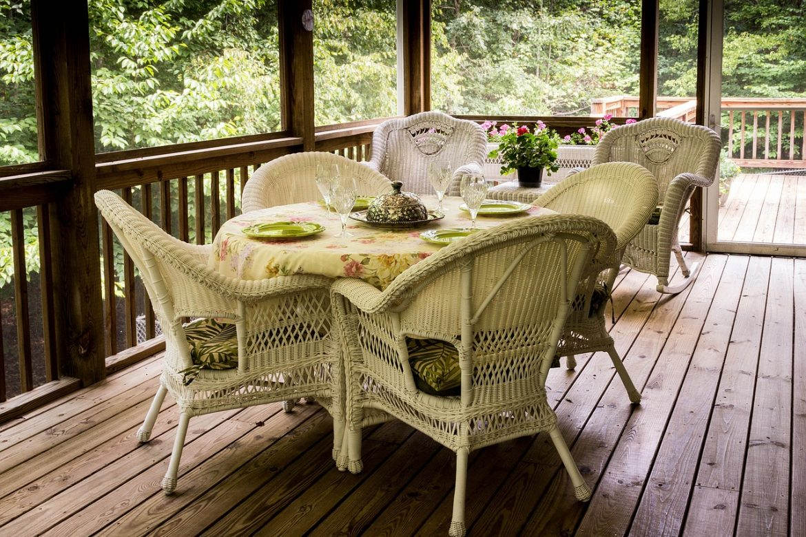You Need to Add a Wrap Around Porch to Your Scottsdale Home